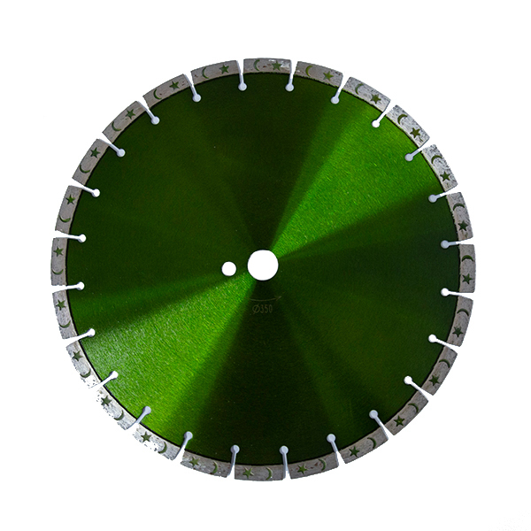 Laser welded diamond saw blade with moon and star shape segments